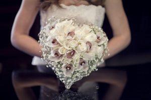 Düğünlerde insanlar